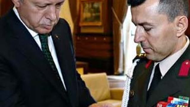 Erdoğan'ın başyaveri Başbakan'ı da sormuş !