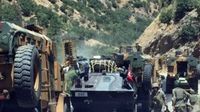 Hakkari'de hain saldırı: 1 sivil şehit