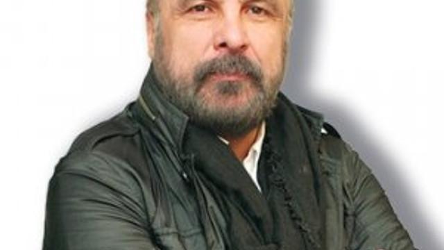 Mete Yarar: ''FETÖ devletin hafızasını sildi''
