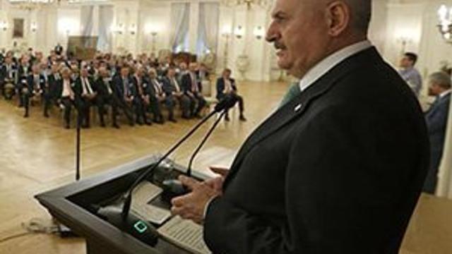 Başbakan Yıldırım'dan darbe girişimi açıklaması