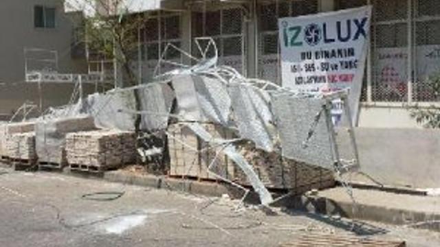 İzmir'de demir iskele faciası: 3 ölü