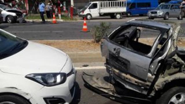 Muğla'da korkunç kaza ! Araç ikiye bölündü
