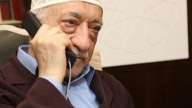 """Gülen'i yönlendiren bir """"abi"""" mi var ?"""