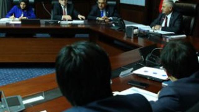 AK Parti ve CHP'den olağanüstü toplantı kararı