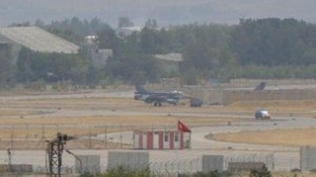 F-16'lar peş peşe havalandı