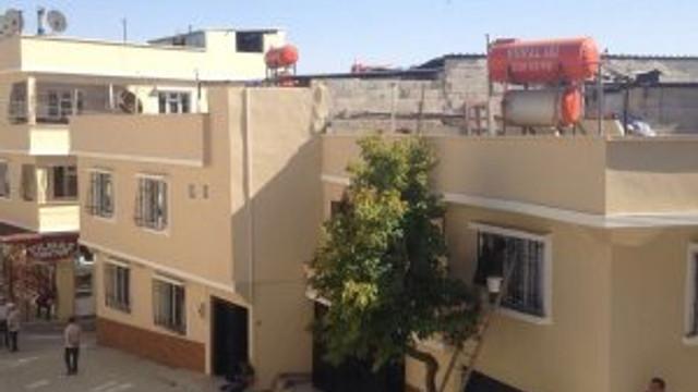 Patlamada hasar gören ev, iş, cadde ve sokaklar yenilendi