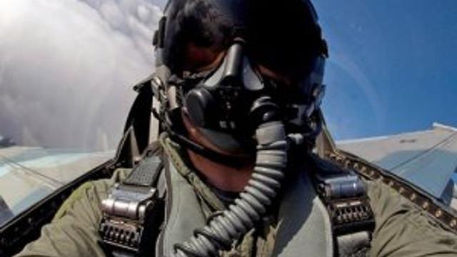 Pilotlar 30 bin lira maaşı bırakıp TSK'ya dönüyor
