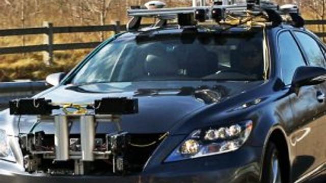 Sürücüsüz araçlar hizmet vermeye başladı
