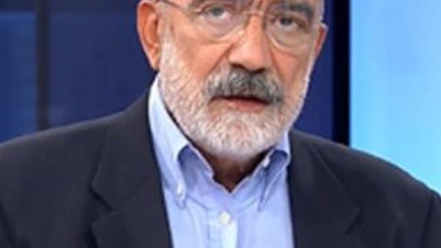Ahmet Altan'ın evinden çıkan Mehmet Barlas'ın kitabı suç delili sayıldı