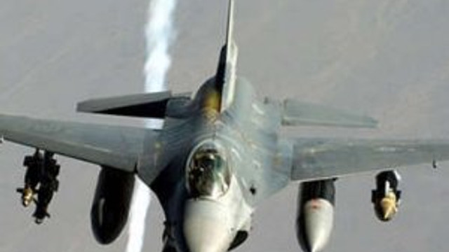 ABD Suriye ordusunu vurdu