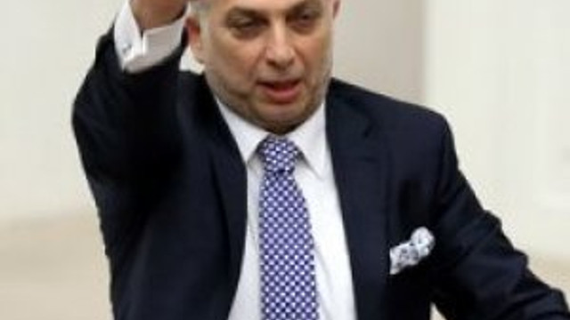AK Parti'nin önemli isminden ''hidayete eren cemaatçilere'' sert açıklama