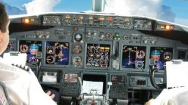 Pilot, denizi kirleten gemiyi ihbar etti