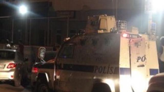 Adana'da polise ses bombalı saldırı !