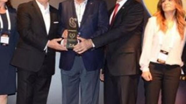 Sarıyer Belediye Başkanı Şükrü Genç'e büyük onur