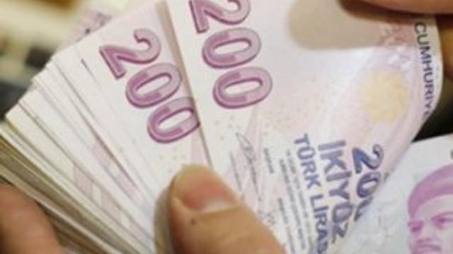 Kredi kullananlar dikkat ! Bankalara tazminat davası yolu açıldı