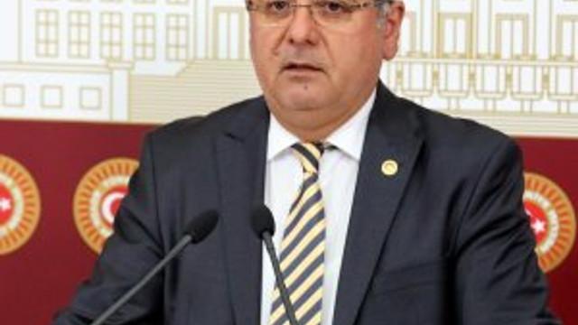 Mehmet Metiner'den ''FETÖ'cülere işkence'' iddialarına cevap