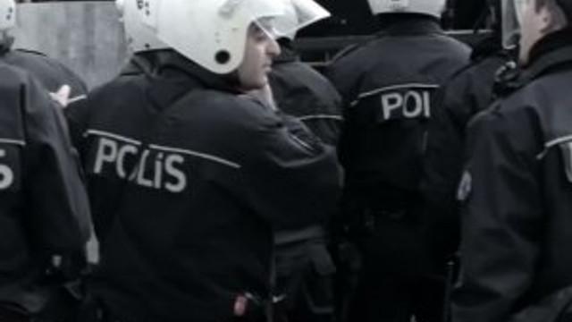 İstanbul'da 757 polis açığa alındı !