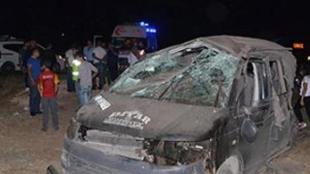 Trafik kazası can aldı: 1 ölü 9 yaralı