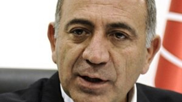 Gürsel Tekin'den, Cumhurbaşkanı Erdoğan'a destek