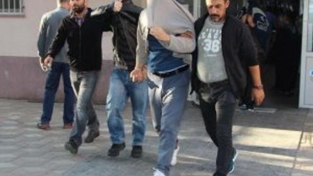 Manisa'da Fetö'den 20 polis daha Adliye'de