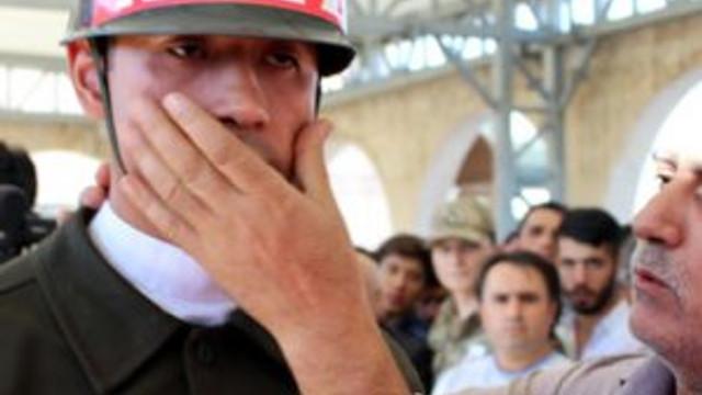 Şehit babasından askere: Kurban olurum size ağlamayın
