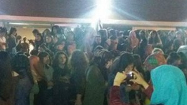 Üniversite yurdunda ''kız kaçırma'' eylemi