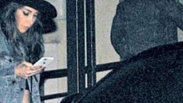 Hande Yener 12 yaş küçük sevgilisiyle görüntülendi