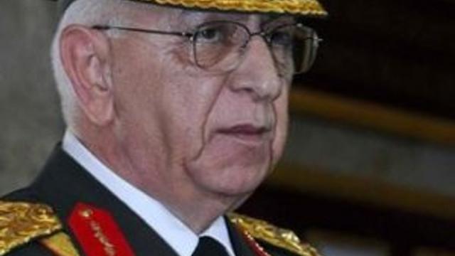 Eski Genelkurmay Başkanı neden istifa etti ?