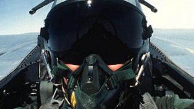 TSK'da pilot olma yaşı değişti