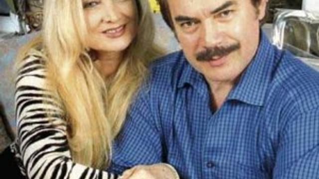 Orhan Gencebay-Sevim Emre çifti kaza yaptı