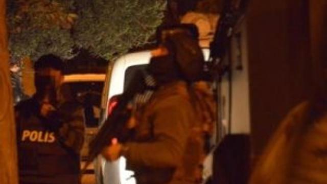 Adana'da PKK'ya şafak operasyonu: 16 gözaltı