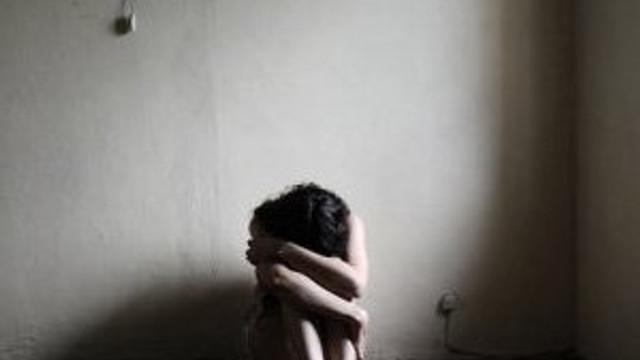 Kız kardeşine tecavüzden tutuklandı