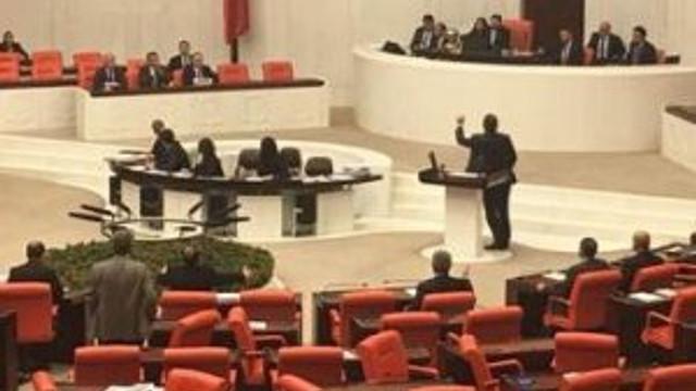 Meclis'te gizli kamera gerginliği