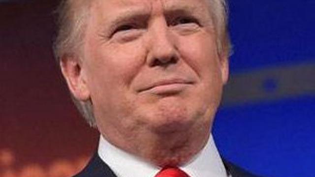 """İşte Trump'ın Müslümanlara yönelik """"ilk icraatı"""""""