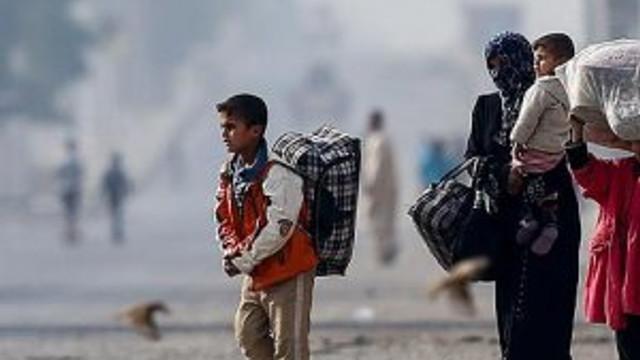 Musul'da 47 bin kişi evlerini terk etti