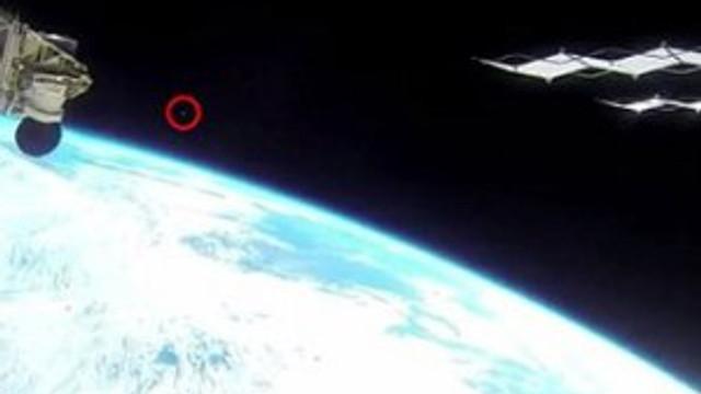 Bir anda ortaya çıktı, NASA canlı yayını kesti !