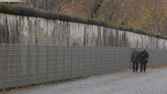 Almanya göçmenlere karşı duvar örmeye başladı