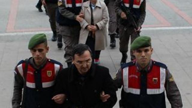 FETÖ'cü olduğu iddia edilen çift sınırda yakalandı