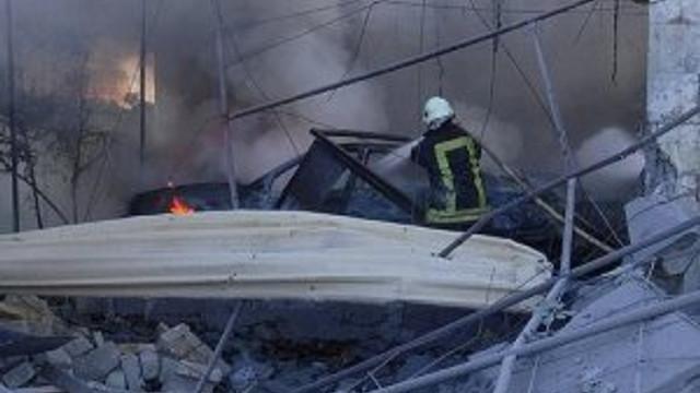 Suriye'de yerleşim yerine saldırı !