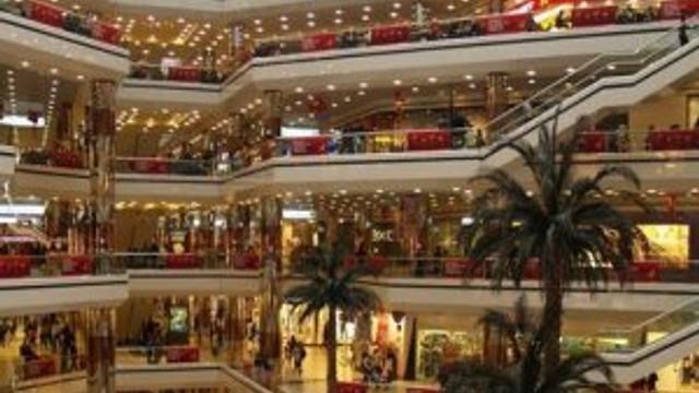 AVM'lerde dükkan kiraları liraya mı dönecek ?