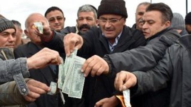 Besiciler dolar yaktı
