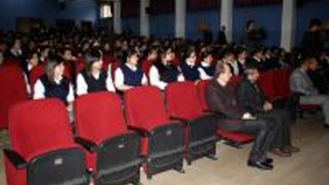 Meslek Lisesinde Ermeni Yalanı Konferansı