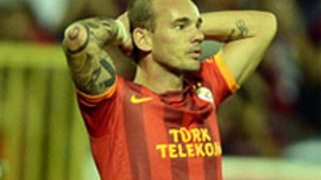 Neredesin Sneijder!