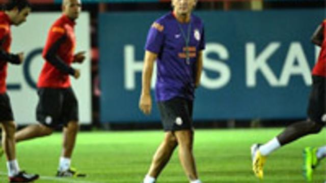Mancini savunma öğretiyor!