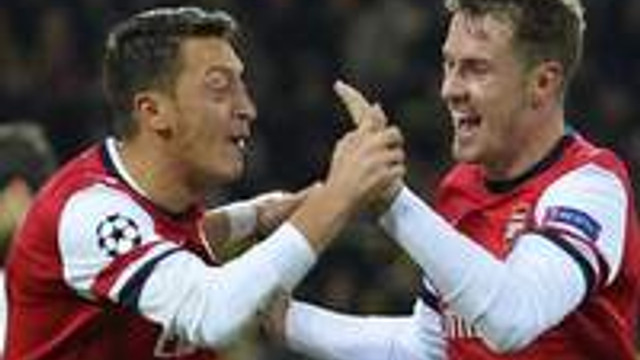 Arsenal intikamını aldı!