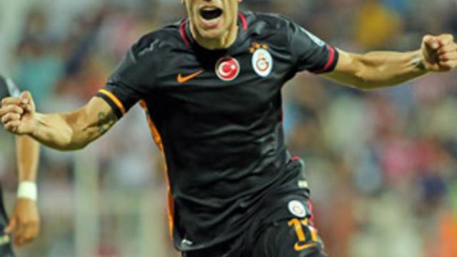 Lukas Podolski Atatürk Olimpiyat Stadı'nda