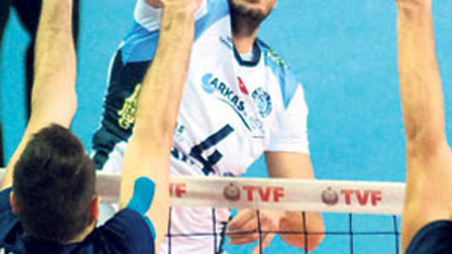 Arkas, Fenerbahçe'ye patladı
