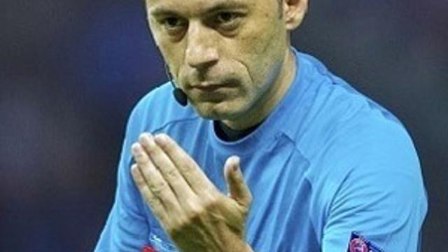 FIFA, Cüneyt Çakır'ı Dünya Kupası'na hazırlıyor !