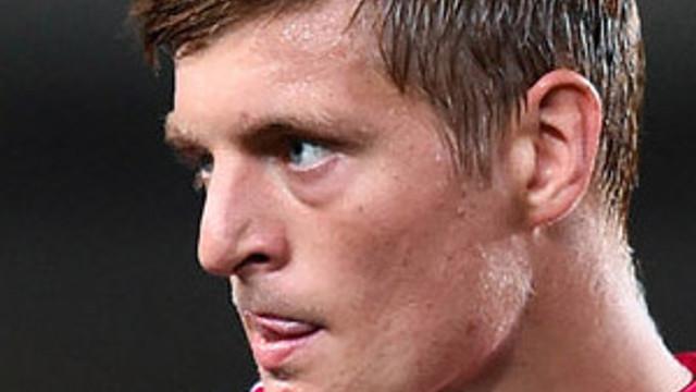 Toni Kroos imzayı attı, tarihe geçti !