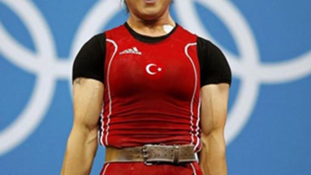 Milli sporcuya doping şoku !